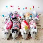 mouse pincushion with sweet..